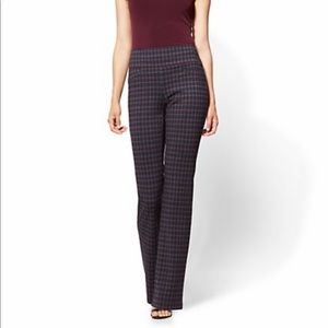 New York and company plaid pants